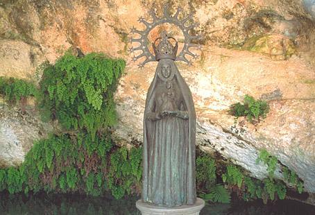 Imagen de la Fuente la Negra.