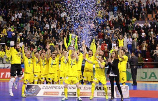 Jaén FS Paraíso Interior celebrando la victoria